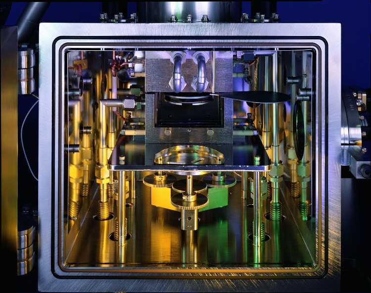 inside_square-chamber.jpg
